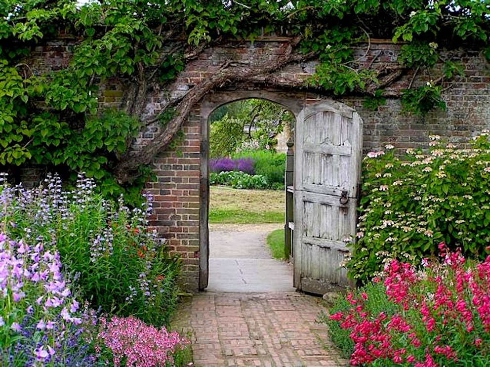 In a secret garden. - In a secret garden.