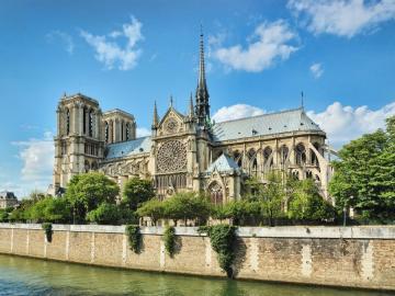 Katedrála Notre Dame v Paříži. - Katedrála Notre Dame v Paříži.