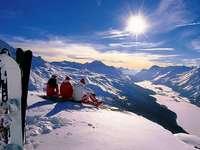 Paysage d'hiver - paysage d'hiver, panorama sur les montagnes