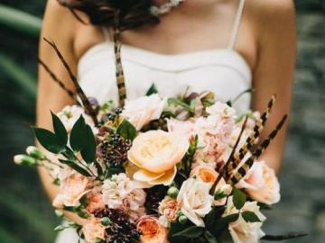 Stylish wedding bouquet - Unique flowers, wedding bouquet