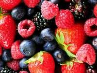 Színes gyümölcs