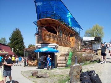 Bieszczady Solina - restaurant élégant sur le réservoir de Solina