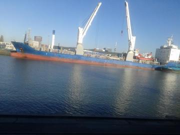 Holandia - port przeładunkowy w Rotterdamie fot własna