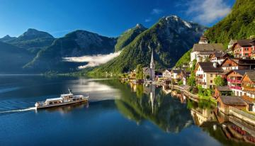 Lovely Hallstatt - Beautiful view of Hallstatt, Austria