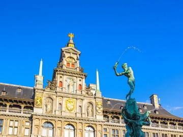 Brabofontein - Fountain on the main square in Antwerp