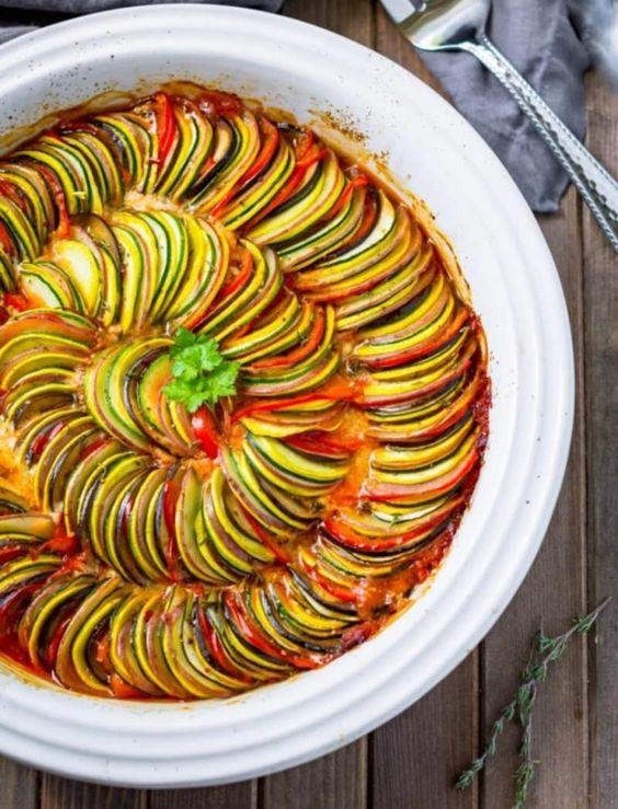 Groenteschotel - kleurrijke groenteschotel (4×9)