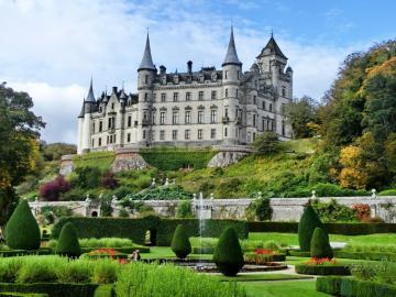 Malowniczy zamek - Malowniczy zamek Dunrobin , ogrody , Szkocja
