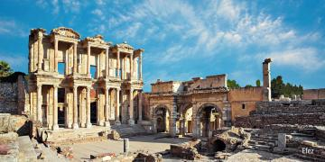 Turkey, Ephesus - Ephesus - in ancient times, one of the 12 Ionian cities in Asia Minor. It lay at the mouth of the Ka