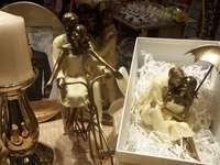 Bibeloty, śliczne figurki.