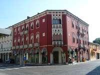 Salut je suis Alex C'est Palazzo Venezia parce que - Salut je suis Alex C'est Palazzo Venezia parce que. Bonjour, je suis Alex, c'est le Palazzo V