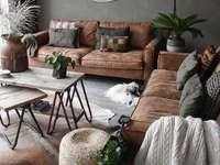 Sala de estar - Grande sala mobilada