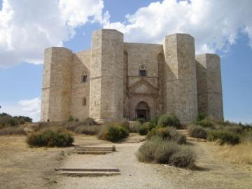 Castel del Monte - Castello storico dalla Puglia, Italia Castel storico della regione Puglia Castel Del Monte