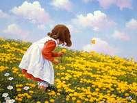 Момиче на поляната. - Момиче на жълта поляна.