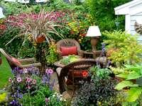 Γωνιά κήπου.