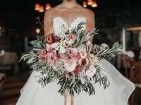 Witte rozen, bruiloft boeket