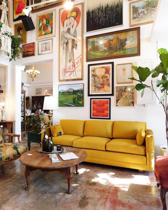 Farbenfrohe Innenräume - Schöne Wand mit Bildern, farbenfrohes Interieur (5×10)