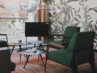 Interni eleganti - verde imbottigliato