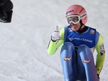 Stefan Kraft - Stefan Kraft (nato il 13 maggio 1993 a Schwarzach im Pongau) - saltatore di sci austriaco, rappresen