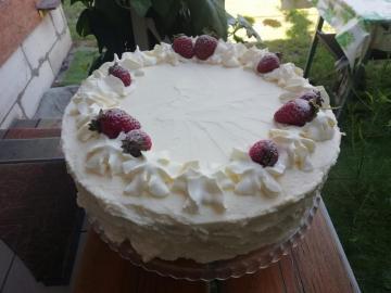 truskawkowe niebo w gębie - sztandarowe czerwcowe ciasto