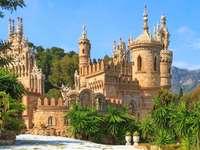 det sagoslottet Colomares - sagaslott Colomares, landskap, Spanien