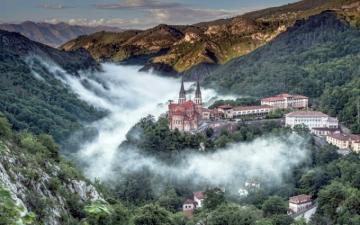 Basilica in Covadonga - Basilica in Covadonga, fog, valley, mountains, Asturias