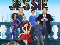 Jessie ♥ - Jessie, en tonåring från Texas, kommer till New York, där hon av misstag blir barnbarn vid det ri