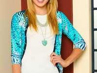 Emma Ross - Emma Ross - den äldsta av Ross-syskon. Han är det enda biologiska barnet till Morgan och Christina