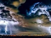 Vihar az égen