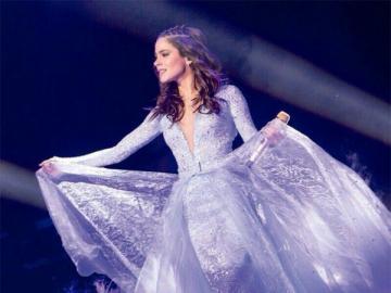 Martina Stoessel - Martina Stoessel urodziła się w Buenos Aires jako córka producenta i reżysera Alejandro Stoessel