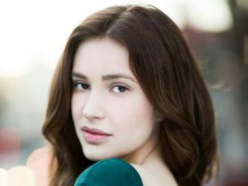 Alexia Fast - Alexia Fast − kanadyjska aktorka