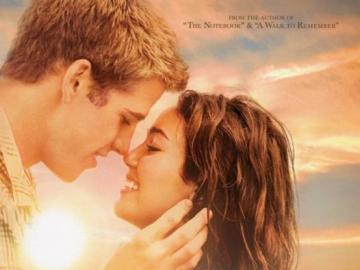 Last song - The film is about a rebellious teenager - Veronica (Ronnie), who is forced by her mother to spend ho