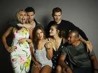 Los originales - The Originals - un spin-off estadounidense de la serie Vampire Diaries. Cuenta la historia de la fam