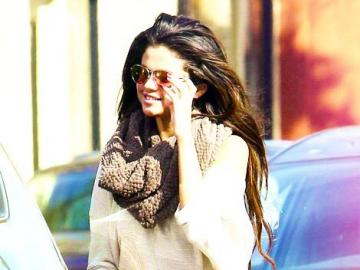 Selena Marie Gomez - Selena Marie Gomez (ur. 22 lipca 1992 w Grand Prairie) – amerykańska piosenkarka, aktorka a takż