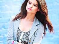 Selena Marie Gomez - Selena Marie Gomez (* 22. Juli 1992 in Grand Prairie) - US-amerikanische Sängerin, Schauspielerin u