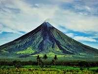 mayon vulkán