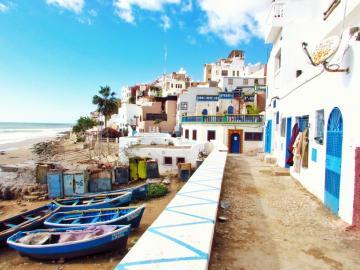 Taghazout, Maroko - Taghazout, Maroko. Maroko, Królestwo Marokańskie – państwo położone w północno-zachodniej A