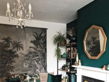 Ciemne i stylowe wnętrze - Pokój dzienny urządzony w ciemnych kolorach