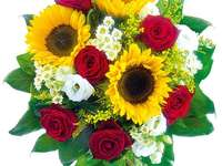 Sunflowers with roses - bouquet of sunflowers and roses
