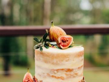 Un sabroso pastel - Un hermoso pastel de bodas