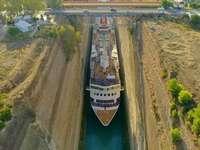 Kanaal van Korinthe. - Puzzel: Corinth Canal.