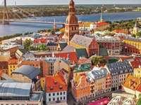 Vista aerea dell'Estonia - L'Estonia è un paese del Nord Europa, sul Mar Baltico, fondato dopo la prima guerra mondiale.