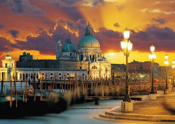 Venice by night. - Landscape. Venice by night.
