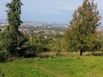 Vista desde la colina. - Vista desde la colina en Zalesie ..