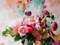 Букет цветя във ваза