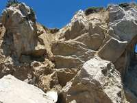 roccia sulla spiaggia cont.
