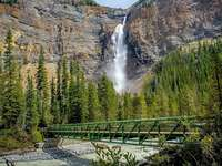 Takakkaw waterfall. - Takakkaw waterfall in Canada.