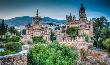 The most beautiful castles - The most beautiful the most beautiful the most beautiful castles