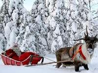 Paesaggio con Babbo Natale.