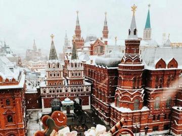 Christmas city - Winter scene of a beautiful city