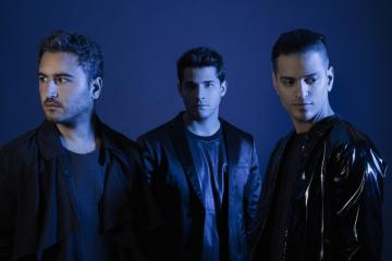 famous reik singers - it's a famous band called reik
